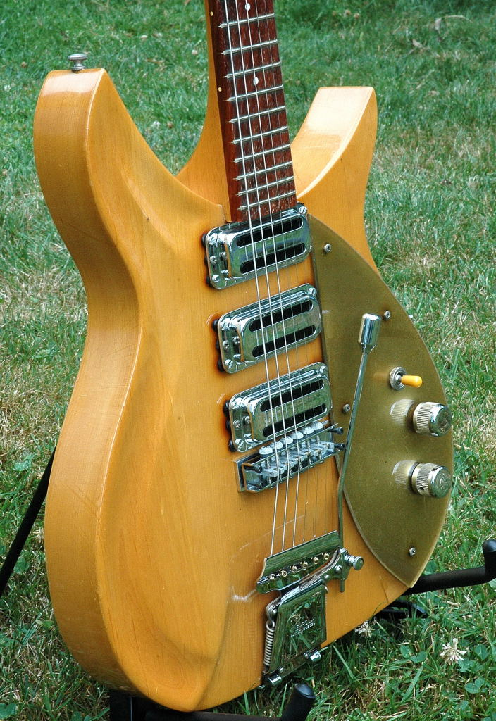 "1958 Rickenbacker 325/850 ""Polynesian"" One-off"